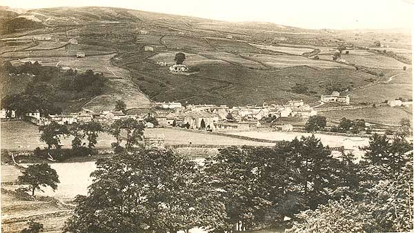 Gunnerside from the south  ©Lilywhite of Sowerby Bridge (GSD 6)