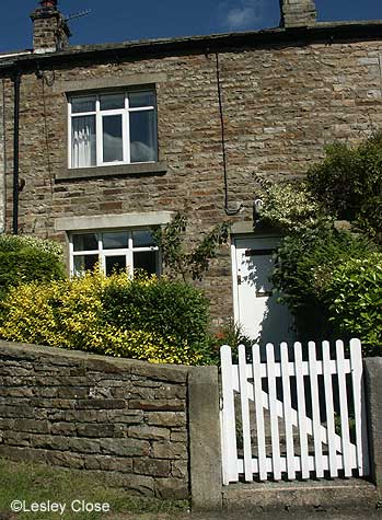 Cherry Cottage in Gunnerside Village ©Lesley Close 2002