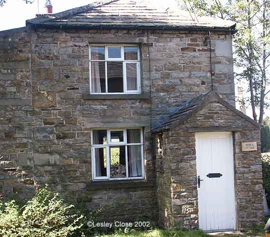 Debra Cottage in Gunnerside Village ©Lesley Close 2002