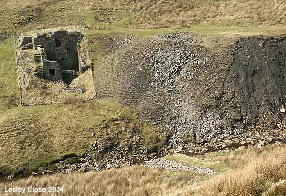 West Stonesdale Engine house ©Lesley Close 2004